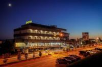 Hotel Lara Image