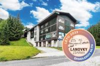 Hotel Lenka Image