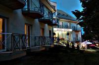 Hotel Pontis Image