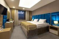 Grand Hotel Shumen Image