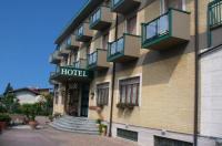 Hotel Milanesi Image