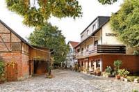 Landgasthaus & Hotel Lindenhof Image