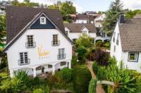 Romantik Hotel Neuhaus Image