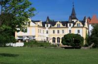 Schloss und Gut Liebenberg Image