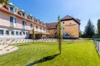 Aqua Hotel Termál Image