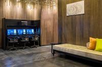 Holiday Inn Manhattan Financial District Image