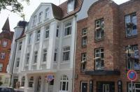 Hotel 1690 Image