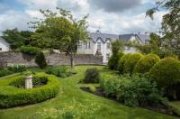 Woodhill House Image