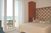 Hotel Noris Image
