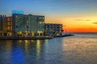 Sailport Waterfront Suites Image