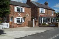 Fifth Milestone Cottage Image