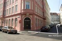Hotel Liechtenstein Apartments II Image