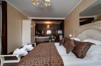 Hotel Chopin Image
