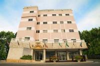 Hotel Los Jardines Image