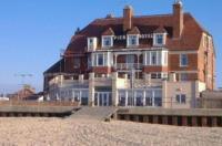 Pier Hotel Image