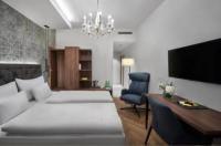Hotel Schwarzer Adler Innsbruck Image