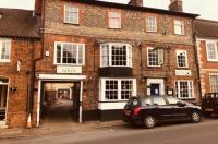 Longs Inn Image