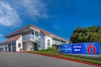 Motel 6 Santa Barbara - Carpinteria South Image