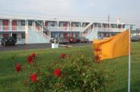 New Sea Breeze Motel Image