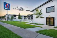 Motel 6 Fort Lauderdale Image