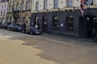 Kings Head Hotel Image