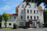 Astoria Hotel Image