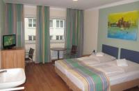 Litty's Hotel Image
