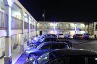 Hutchinson Inn Image