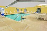 Microtel Inn & Suites By Wyndham Prairie Du Chien Image