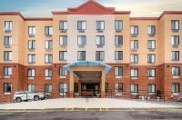 Comfort Inn New York Staten Island Image
