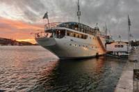 Mälardrottningen Yacht Hotel & Restaurant Image
