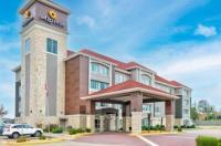 La Quinta Inn & Suites Bryant Image