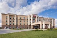 Hampton Inn & Suites Lincoln - Northeast I-80 Image