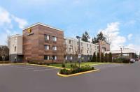 La Quinta Inn Everett Image