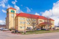 La Quinta Inn & Suites Ennis Image