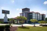 La Quinta Inn & Suites Tupelo Image