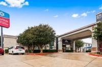 Super 8 San Antonio/Airport Image