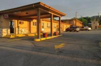 Motel 7 Rawlins Image