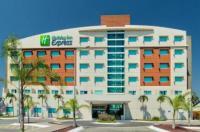 Holiday Inn Express Manzanillo Image