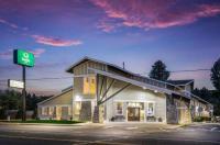 Econo Lodge near Suncadia Resort Image