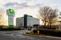 Ramada Plaza Hotel Newark International Airport Image
