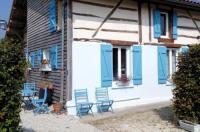 Holiday home Les Volets Bleus 2 Image