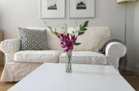 Studio Apartment - 39th Street Image