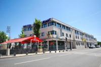 Hotel De Loire et Restaurant Les Bateliers Image