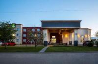 Days Inn & Suites Whitecourt Image