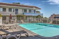 Motel 6 Mojave Image