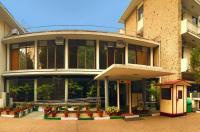 New Delhi Ymca Tourist Hostel Image
