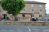 Hôtel Des Voyageurs Image