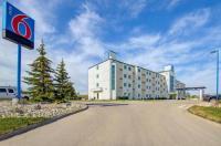 Motel 6 Grande Prairie Image