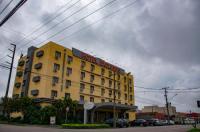 Hotel Exclusivo Image